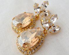 Peach pink Champagne Chandelier earrings por EldorTinaJewelry