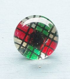 Antique Victorian Kaleidoscope Button Red Green Silver Plaid