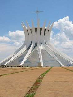 Catedral Metropolitana, Brasília  Buildings Designed By Oscar Niemeyer