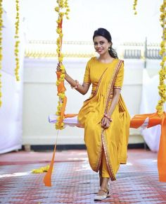 Royal Trivandrum Wedding with a South Indian Bride in Unique Outfits Classy Mehndi & Haldi outfit with a tinch of yellow ! Mehendi Outfits, Indian Bridal Outfits, Indian Fashion Dresses, Dress Indian Style, Indian Designer Outfits, Function Dresses, Bridesmaids, Bridesmaid Dresses, Ceremony Dresses
