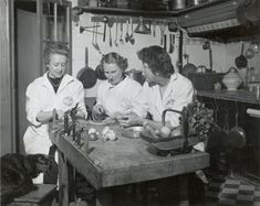 julia child | Julia Child, Simone Beck, and Louisette Bertholle with Minette in ...