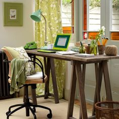 If so then your home office should show your tastes. We gathered a collection of home office design ideas that Home Office Country, Mesa Home Office, Country Stil, Country House Interior, Home Interior, Country Homes, Country Living, Green Home Offices, Vintage Home Offices
