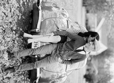 ideas vintage wedding photography poses engagement shoots for 2019 Vintage Wedding Photography, Wedding Photography Poses, Wedding Photography Inspiration, Couple Photography, Photography Ideas, Sweets Photography, Rockabilly Couple, Rockabilly Wedding, Vintage Wedding Flowers