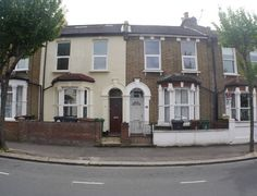 Property for rent Oakdale Road, London, Greater London E11 - Victor Michael