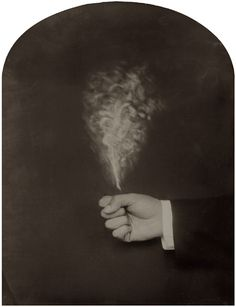 Puff of smoke - Ben Cauchi, alquimia fotográfica