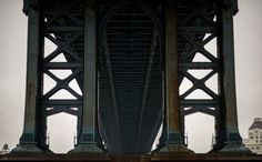 valscrapbook: #inspiration #icons of stye and other things #fashion #art #design  MANHATTAN BRIDGE by smoothdude on Flickr.