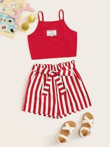To find out about the Girls Graphic Cami Top and Paperbag Waist Shorts Set at SHEIN, part of our latest Girls Two-piece Outfits ready to shop online today! Cute Girl Outfits, Cute Outfits For Kids, Outfits For Teens, Pretty Outfits, Cool Outfits, Casual Outfits, Girls Fashion Clothes, Summer Fashion Outfits, Girl Fashion