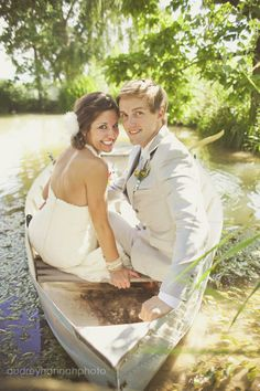 Aaaand, they're in a boat.  Love it!  I'd be afraid to get my dress dirty, though.