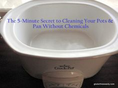 How to clean pots and pans in 5 minutes or less with no chemicals! The secret ingredient to cleaning pots and pans, a non-toxic way to clean pots . Homemade Cleaning Products, Cleaning Recipes, Natural Cleaning Products, Cleaning Hacks, Organizing Tips, Clean Pots, Household Cleaners, Household Tips, Shower Cleaner