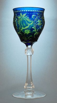 Stevens & Williams Hock Glass: Finely engraved glass / http://www.karaffensammler.at/gallery/main.php?g2_itemId=10655