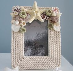 Nautical Decor Rope Frame - Beach Decor Seashell Frame w Starfish - Ivory Rope Crafts, Seashell Crafts, Beach Crafts, Diy And Crafts, Arts And Crafts, Cadre Photo Design, Seashell Frame, Rope Decor, Decoration Table