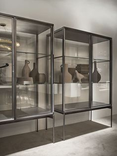 Contemporary display case / aluminum / glass GALERIST by Christophe Pillet LEMA Home