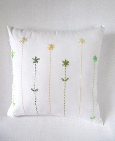 Úžitkový textil - menšie hand made jarné tóny. Cushion Embroidery, Embroidered Cushions, Hand Embroidery Stitches, Hand Embroidery Designs, Diy Embroidery, Crochet Cushion Cover, Crochet Cushions, Crochet Pillow, Diy Broderie