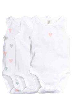 H&M -3-pack sleeveless bodysuits £6.99