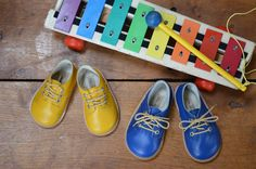 A pop of colour, courtesy of The Little Shoemaker