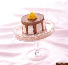 This is a delicious Charlotte with chocolate and Biscuits Roses de Reims Fossier. ( We can find them on fossier.fr !)