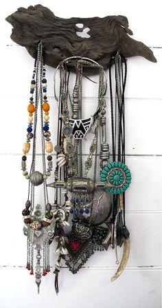 ART + VINTAGE VINTAGE CLOTHING :: LEATHER :: JEWELLERY Find us on Facebook:https://www.facebook.com/pages/ArtVintage/143979685750485