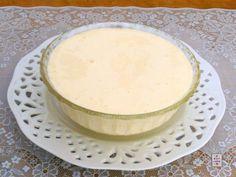 Crema al mascarpone per panettone e pandoro:una facilissima crema che non necessita di cottura e che renderà ancora più golosi questi dolci.