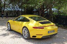 #Porsche 911 Carrera 4S