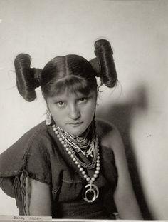 Daho-Mana, a young Hopi woman. 1902. Arizona. Source - National Anthropological Archives.