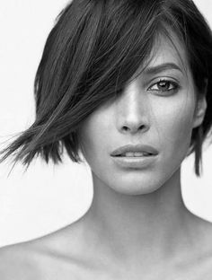 Christy Turlington Side Swept Bob