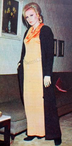 Filiz Akın 1972. Duster Coat, High Neck Dress, Jackets, Dresses, Stars, Fashion, Turtleneck Dress, Down Jackets, Vestidos