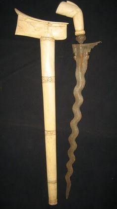 13 Luk keris knife with bone sheath