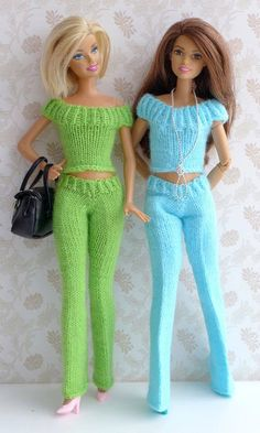 """7 Strickanleitungen Puppenkleidung Serie Basics 7 knitting instructions for doll clothing series Basics by """"Ina strickt"""" - elegant pantsuits Barbie Knitting Patterns, Knitting Dolls Clothes, Barbie Clothes Patterns, Dress Patterns, Crochet Patterns, Crochet Doll Dress, Crochet Barbie Clothes, Doll Clothes Barbie, Knitted Dolls"""