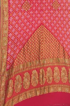 Pure Georgette Sarees, Bandhani Saree, Buy Sarees Online, Indian Fashion, Going Out, Tie Dye, Shah Alam, Pure Products, Embroidery
