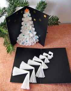 Craft Christmas Cards Diy 68 Best Ideas Christmas for you - Happy Christmas - Noel 2020 ideas-Happy New Year-Christmas Christmas Card Crafts, Homemade Christmas Cards, Xmas Cards, Christmas Projects, Diy Cards, Holiday Crafts, Christmas Holidays, Christmas Ornaments, Simple Christmas