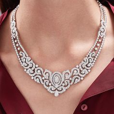 Diamond Necklace Crafted from white gold and diamonds, the unique Snapdragon necklace is a precious high jewellery piece that embodies modernity and elegance. Aquamarine Jewelry, Diamond Jewelry, Silver Jewelry, Diamond Necklaces, Silver Ring, Jewlery, Silver Necklaces, High Jewelry, Modern Jewelry