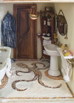 Petit cabinet de curiosités: Adding life in the bathroom