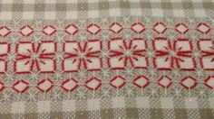 (10) Facebook Chicken Scratch Patterns, Chicken Scratch Embroidery, Simple Embroidery, Cross Stitch Embroidery, Bordado Tipo Chicken Scratch, Embroidered Bedding, Sewing Aprons, Bargello, Blackwork