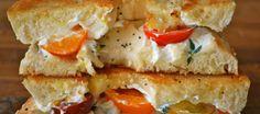 Au déjeuner, rien ne vaut un bon #bagel #kiri et tomates ! yummy !  #kiri #recette #bagel #snack #lunch