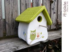 Colourful Hand Painted Metal Owl Design Birdhouse Green Eule Garten Vogelhaus