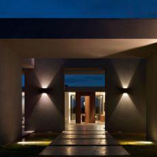 Villalagos Residence, Punta del Este, Uruguay / KallosTurin Architects