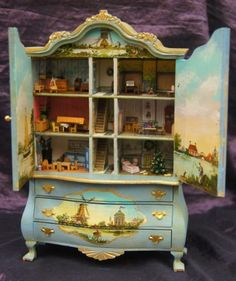 One twelve scale Doll house display unit