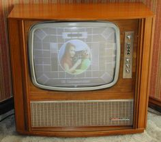 Vintage Baird 8724 - Single Standard 625 Lines - Screen Color Television, Vintage Television, Vintage Tv, Vintage Colors, Movie Projector, Tools Hardware, Box Tv, Home Entertainment, Tv On The Radio