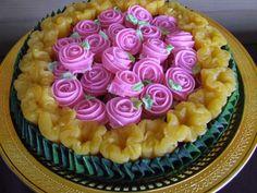เค้กขนมชั้นดอกกุหลาบ