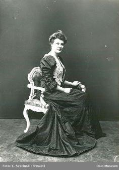 Singer Borghild Langaard, 1906