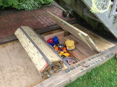 Sandbox in the city: how I used an old fire hose to build a sandbox in my small backyard