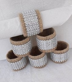 Wedding napkin rings Rustic Table setting Napkin Rings Wedding napkin rings Rustic Table setting Napkin Rings This image has get. Rustic Napkin Rings, Rustic Napkins, Rustic Table, Diy Napkin Rings, Burlap Crafts, Diy And Crafts, Wedding Napkins, Table Wedding, Napkin Folding