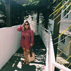 Seja fiel a seu gosto pessoal. O que você gosta nunca está fora de moda. #moda #fashion #fashionista #puroglamour #blog #blogueira #blogueirademodaebeleza #ootd #lookdodia #lookdodiabrasil #look