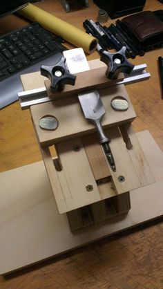 bench grinder tool rest - by cyclops4069 @ LumberJocks.com ~ woodworking community