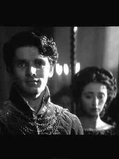 First photo of ColinMorgan as the Duke of Blackwood #TheHuntsman