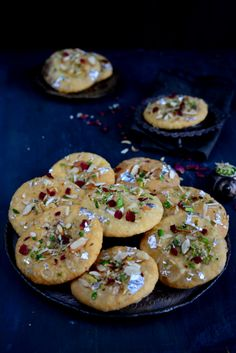 Rajasthani Mawa Kachori is a traditional Rajasthani dish which is basically fried puffed bread stuffed with sweetened and flavored khoya. Indian Dessert Recipes, Indian Sweets, Indian Snacks, Indian Recipes, Rajasthani Food, Gujarati Food, Gujarati Cuisine, Diwali Food, Diwali Snacks