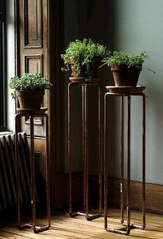 Plant stands help to raise plants up to obtain maximum sunlight and keep the pots of the floors, prevents stains and water damage.