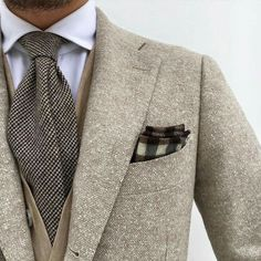 """Gentleman Style 175499716709999474 - completewealth: """" Complete Wealth Mag Filed under: Sports coats, Pocket squares, Ties, Layers """" Source by malejeano Mens Fashion Blazer, Mens Fashion Blog, Suit Fashion, Look Fashion, Fashion Outfits, Elegance Fashion, Fashion Menswear, Fashion Details, Fashion Styles"""