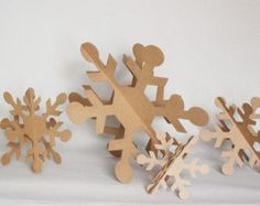 30in Giant Round Cardboard Snowflakes Set