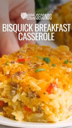 Brunch Casserole, Breakfast Casserole Easy, Easy Casserole Recipes, Quiche Recipes, Breakfast Dishes, Breakfast Time, Brunch Recipes, Breakfast Recipes, Breakfast Quiche